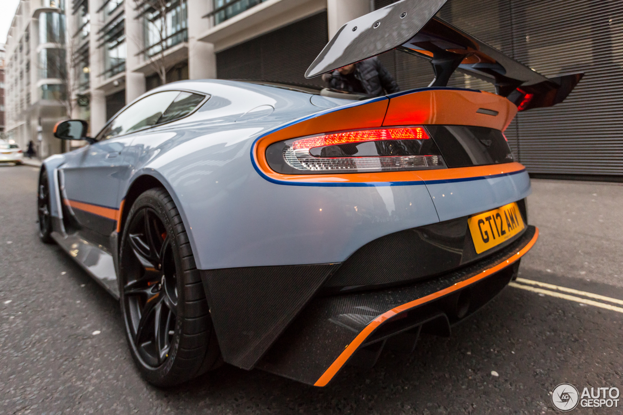 aston martin vantage gt12 1 janvier 2016 autogespot. Black Bedroom Furniture Sets. Home Design Ideas