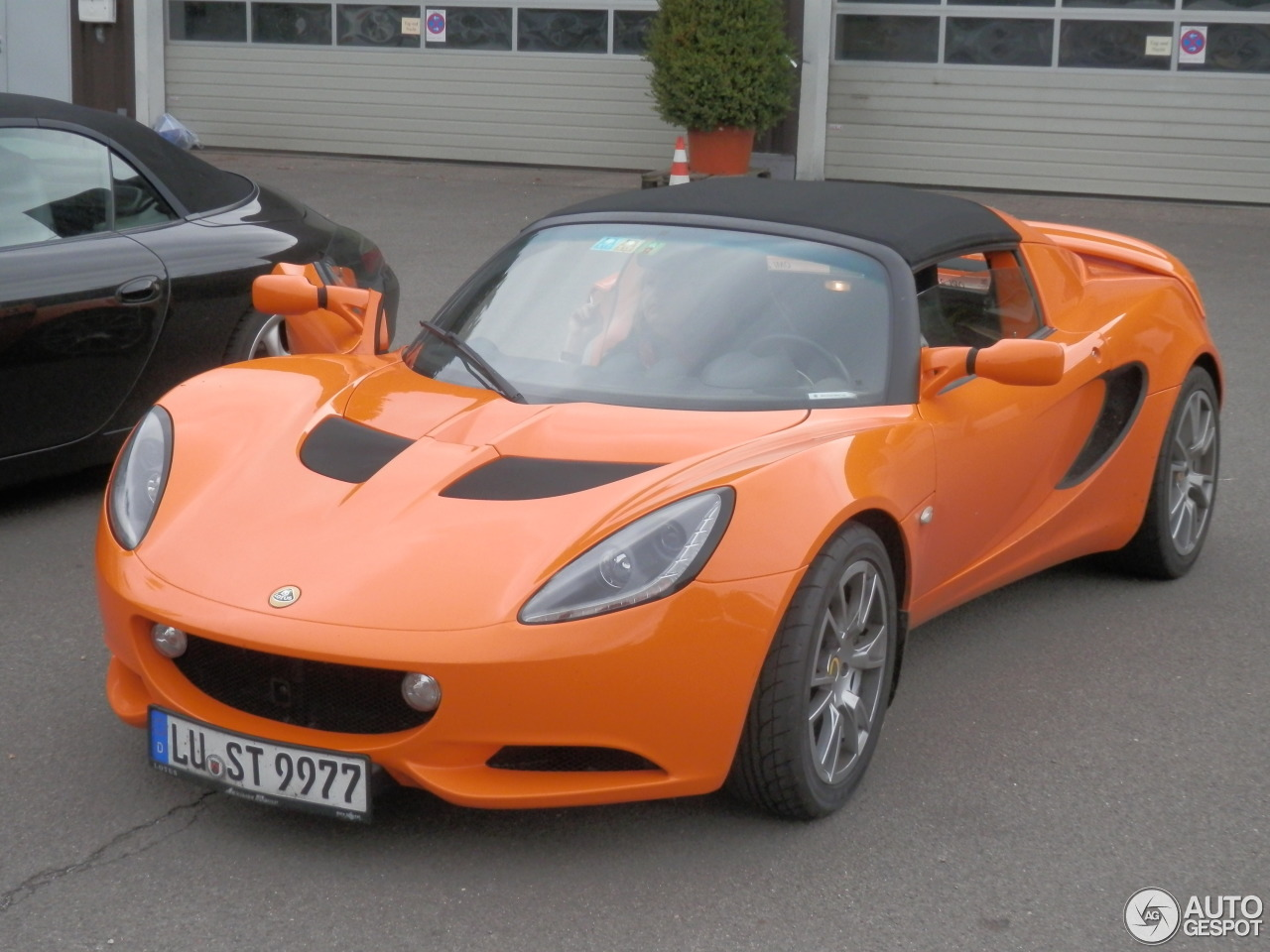 lotus elise s3 sc 1 january 2016 autogespot. Black Bedroom Furniture Sets. Home Design Ideas
