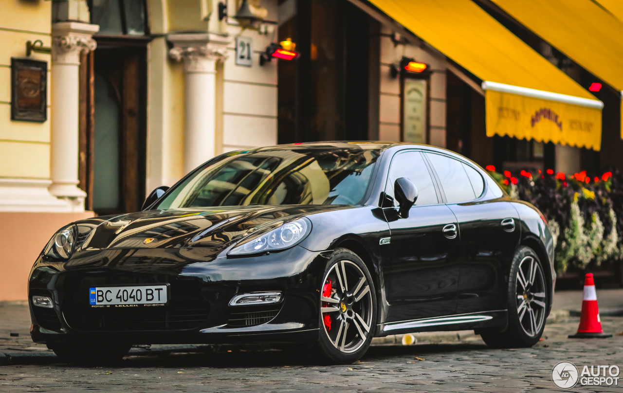 porsche 970 panamera turbo s mki 2 january 2016 autogespot. Black Bedroom Furniture Sets. Home Design Ideas