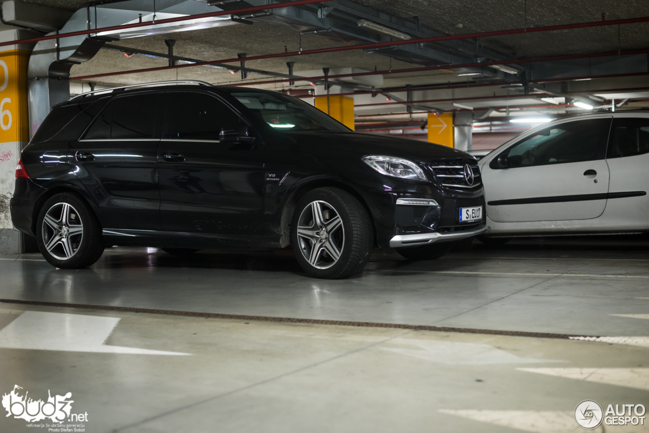 mercedes benz ml 63 amg w166 3 january 2016 autogespot. Black Bedroom Furniture Sets. Home Design Ideas