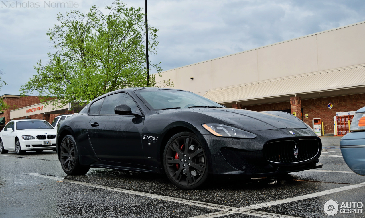 maserati granturismo sport 4 january 2016 autogespot. Black Bedroom Furniture Sets. Home Design Ideas