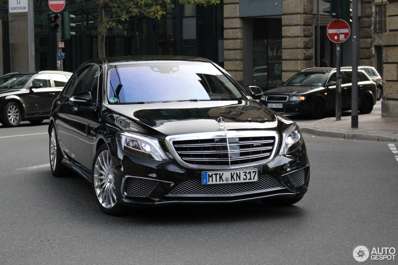 Mercedes benz s 65 amg v222 4 january 2016 autogespot for Mercedes benz 65 amg