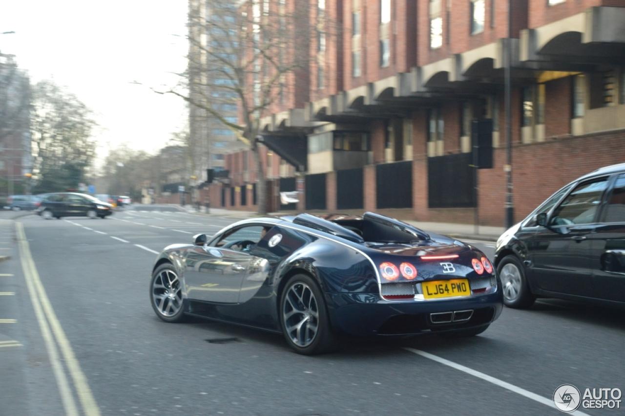 bugatti veyron 16 4 grand sport vitesse 5 january 2016 autogespot. Black Bedroom Furniture Sets. Home Design Ideas