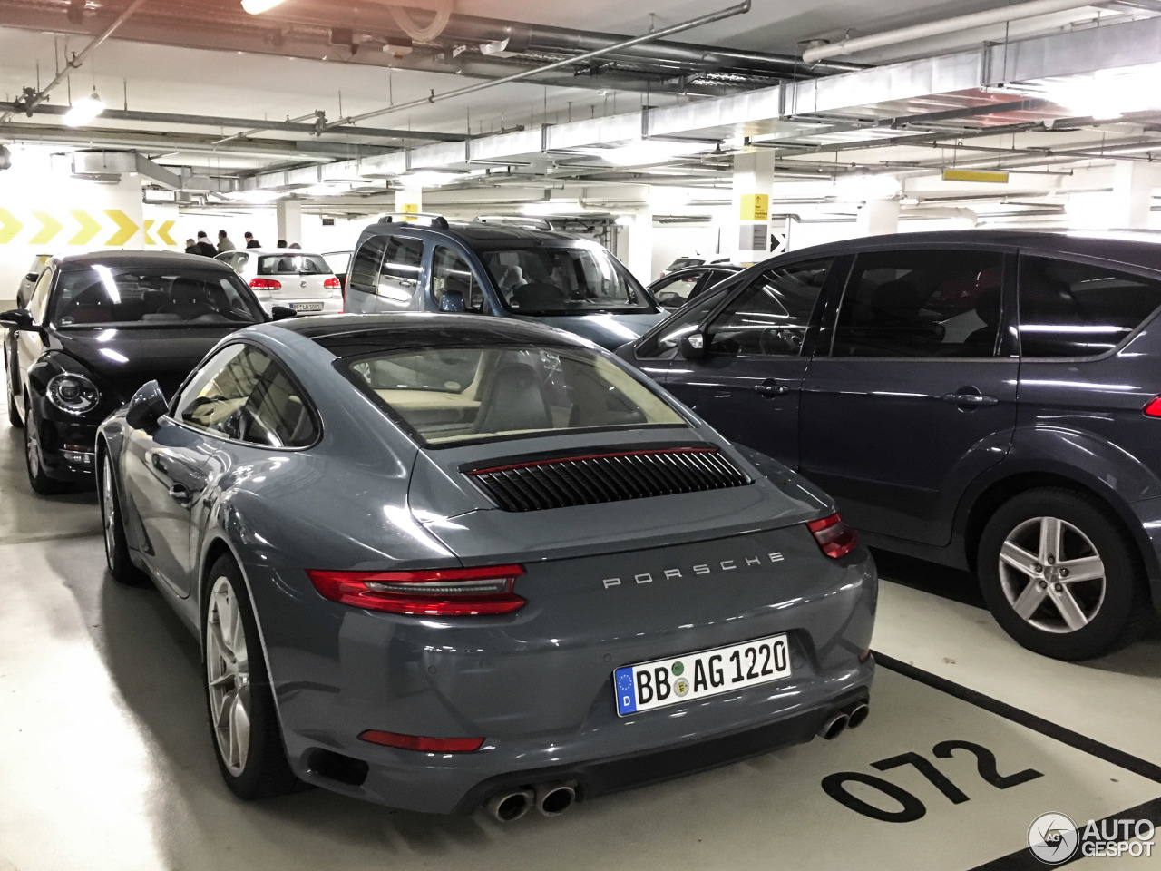 Porsche 991 Carrera S MkII  6 January 2016  Autogespot