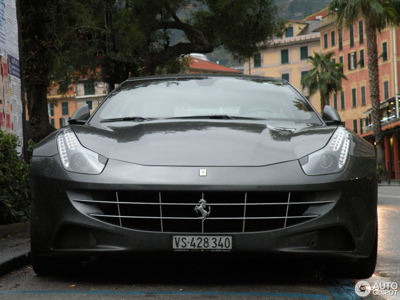 ferrari ff 8 gennaio 2016 autogespot. Black Bedroom Furniture Sets. Home Design Ideas
