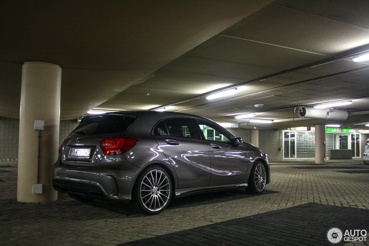 Mercedes benz a 45 amg 10 january 2016 autogespot for Mercedes benz a 45