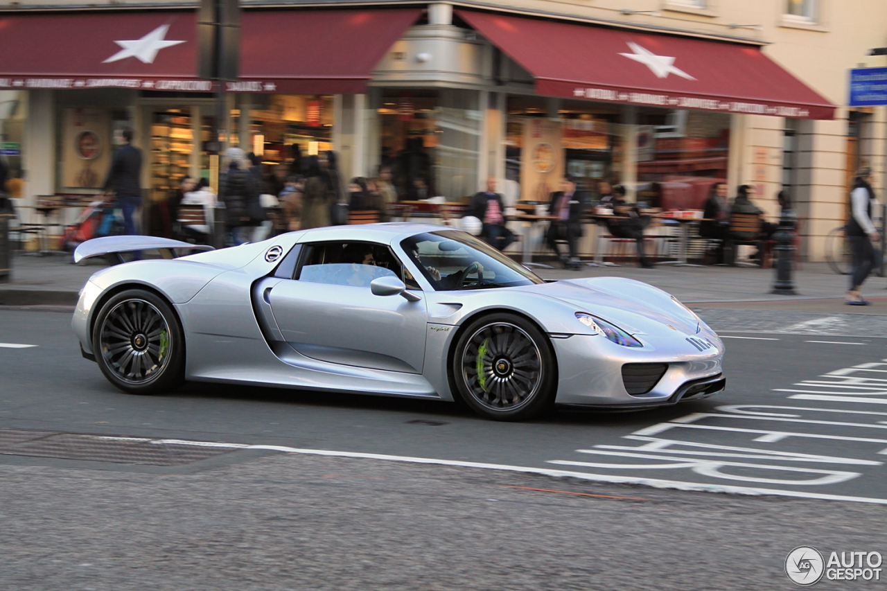 porsche 918 spyder 12 january 2016 autogespot. Black Bedroom Furniture Sets. Home Design Ideas