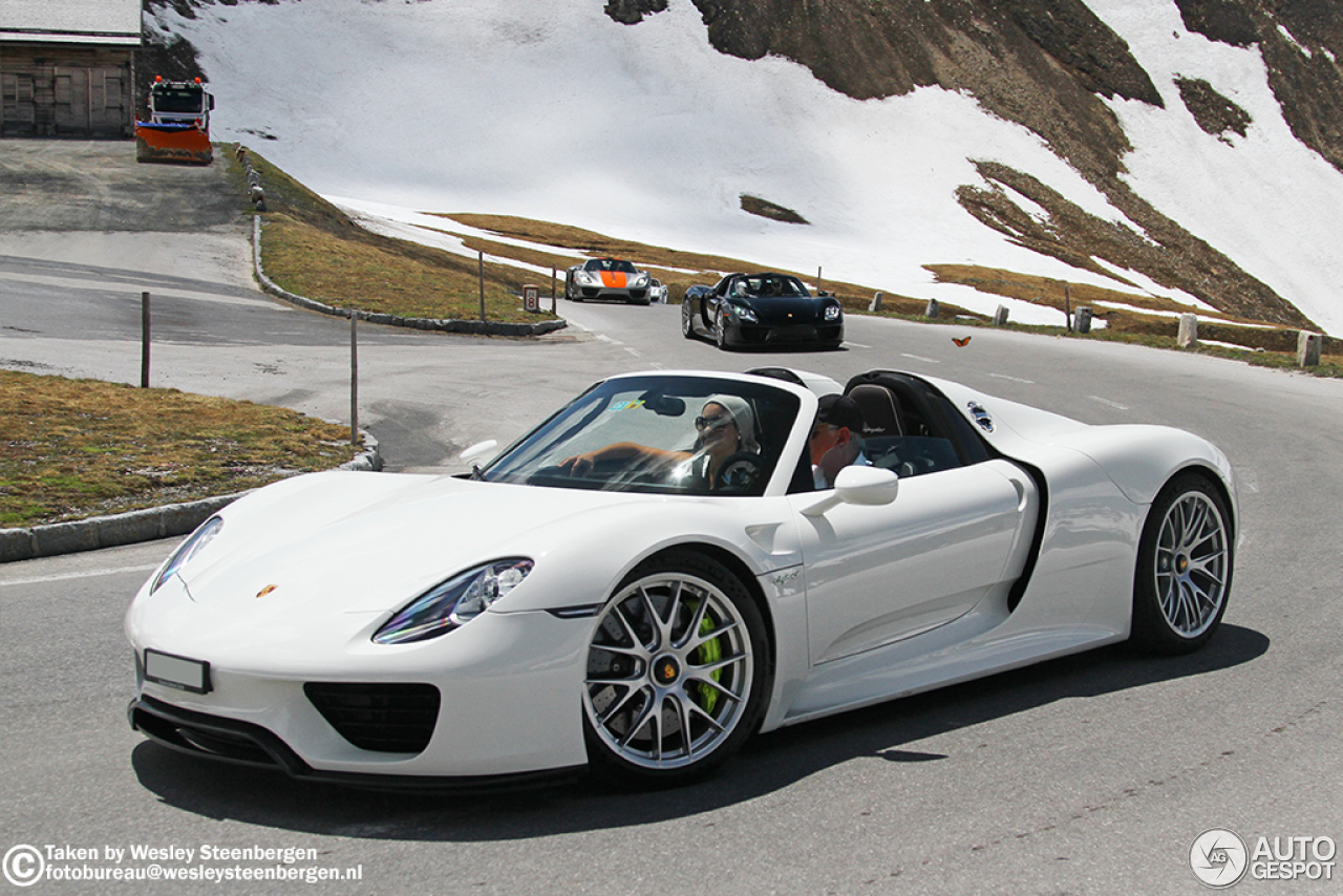 porsche 918 spyder 13 january 2016 autogespot. Black Bedroom Furniture Sets. Home Design Ideas