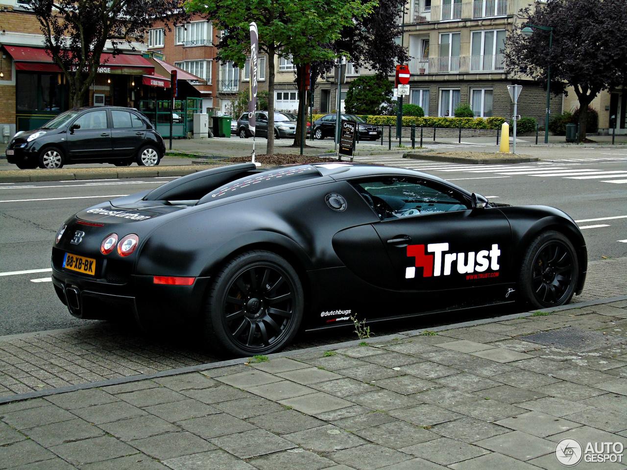 bugatti veyron 16 4 14 january 2016 autogespot. Black Bedroom Furniture Sets. Home Design Ideas