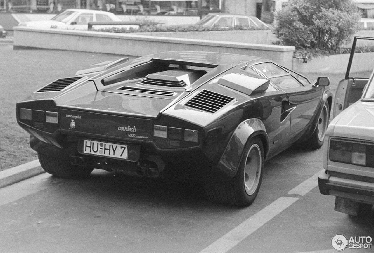 Lamborghini Countach 5000 Quattrovalvole 14 January 2016