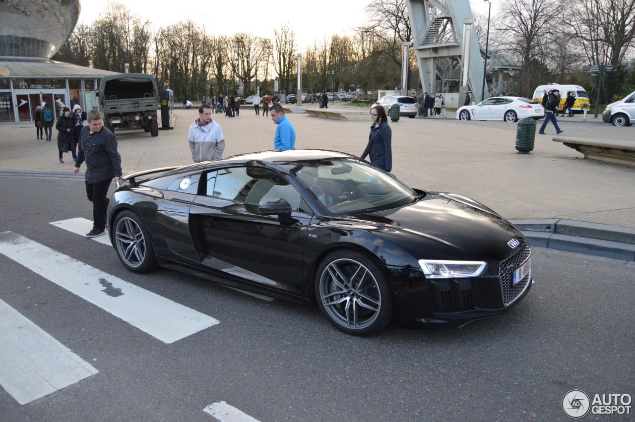 Célèbre Audi R8 V10 Plus 2015 - 16 January 2016 - Autogespot YI46