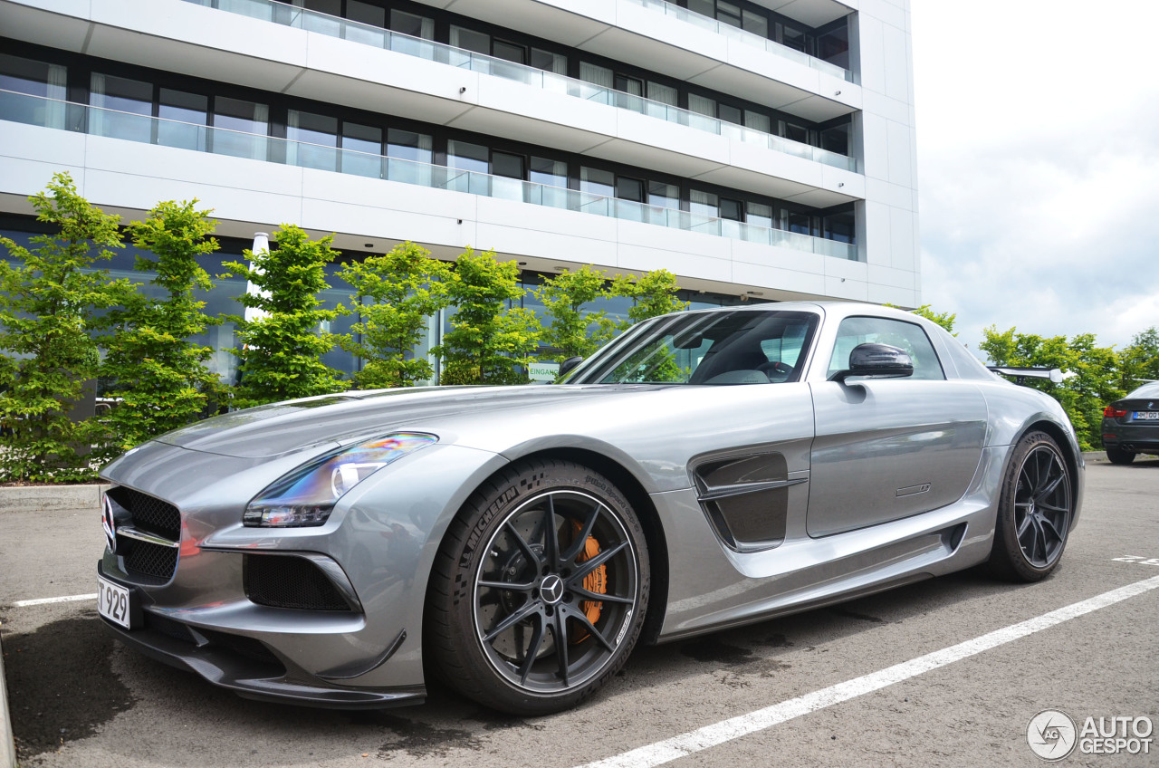mercedes benz sls amg black series 16 january 2016 autogespot. Cars Review. Best American Auto & Cars Review