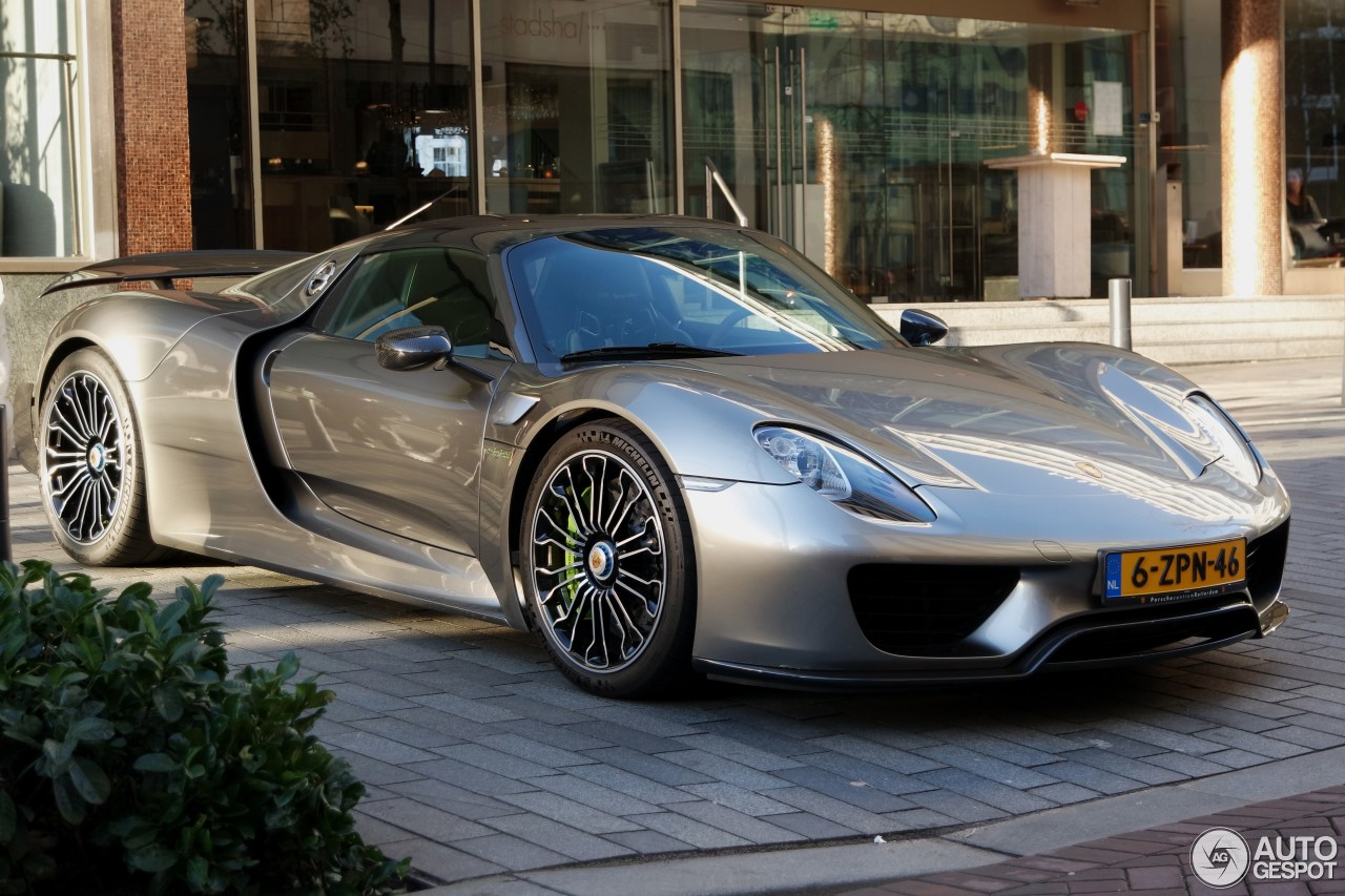 porsche 918 spyder weissach package 18 january 2016 autogespot. Black Bedroom Furniture Sets. Home Design Ideas