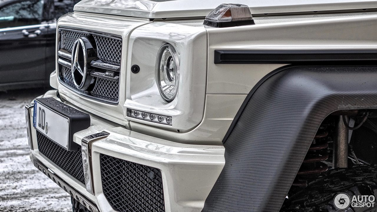 Mercedes-Benz G 63 AMG 6x6 4