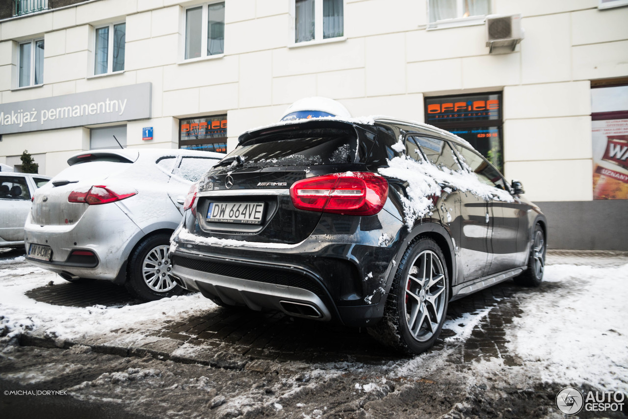 mercedes benz gla 45 amg x156 19 january 2016 autogespot. Black Bedroom Furniture Sets. Home Design Ideas
