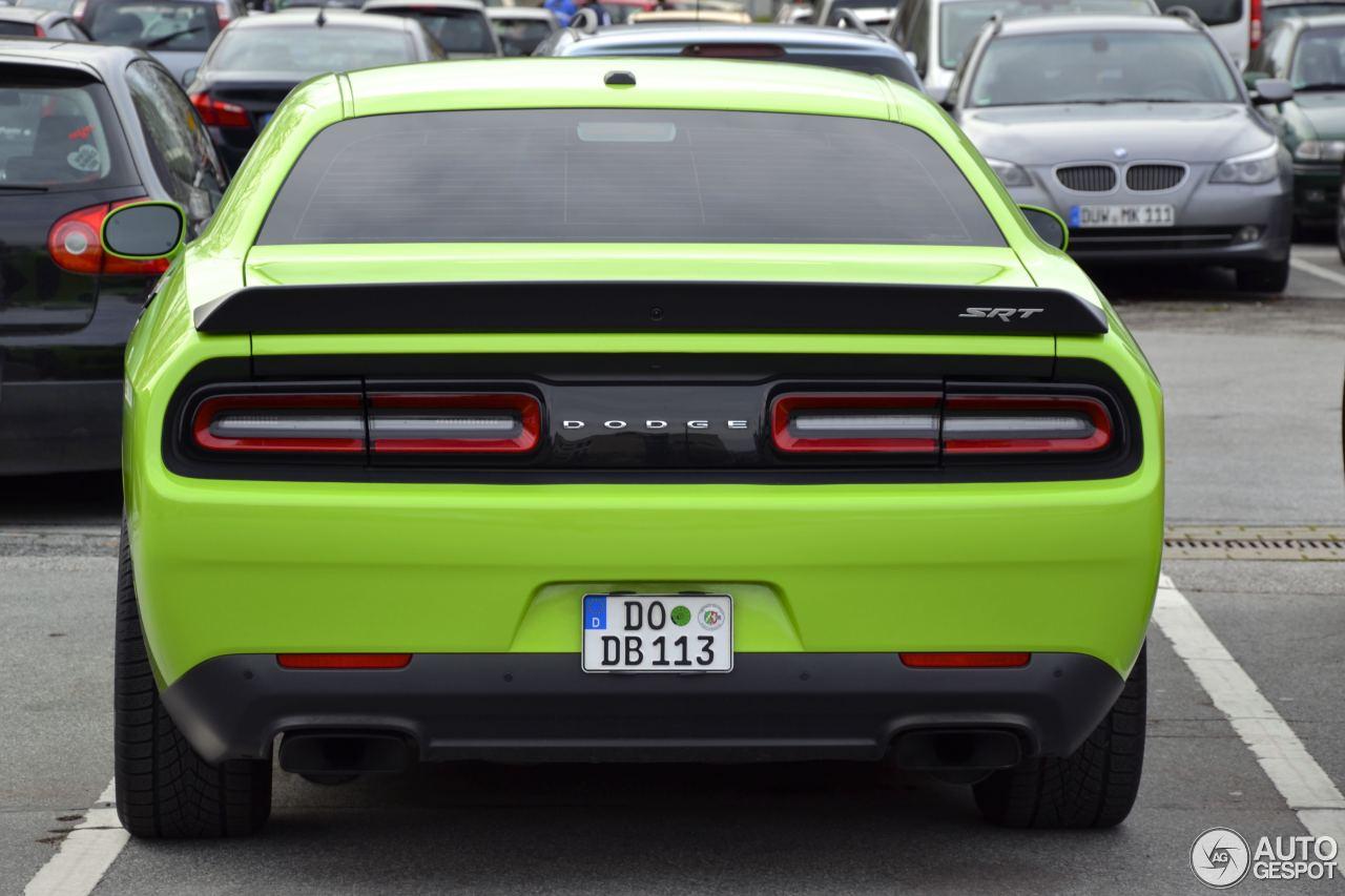 Dodge Challenger SRT-8 Hellcat 5