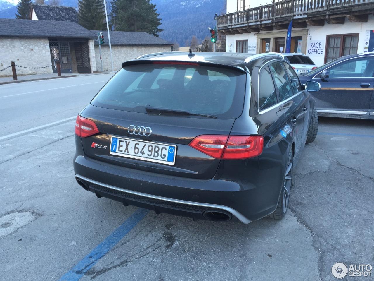 Audi RS4 Avant B8 4