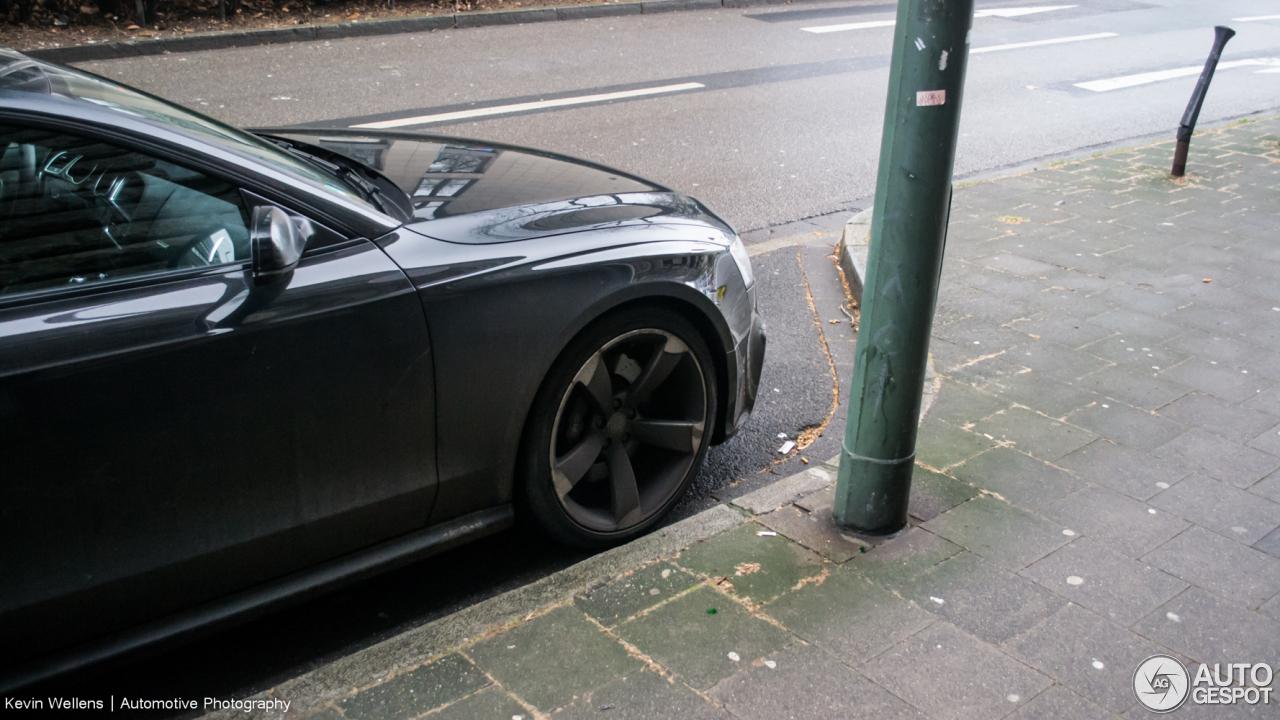 Audi RS5 B8 2012 3