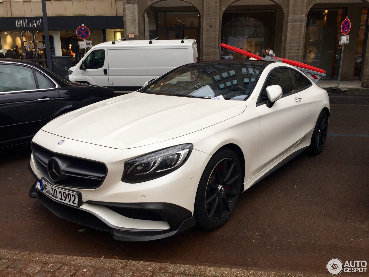 Mercedes benz brabus s b63 650 coupe c217 23 january for Mercedes benz brabus price