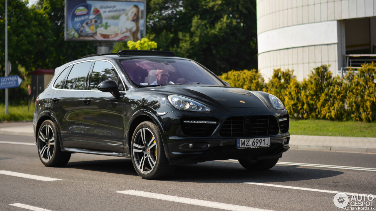 porsche 958 cayenne turbo s 23 janvier 2016 autogespot. Black Bedroom Furniture Sets. Home Design Ideas