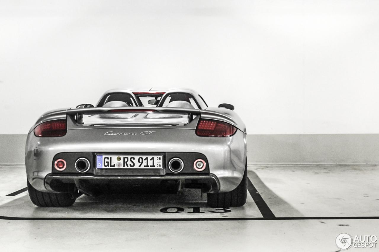 Porsche Carrera GT 1