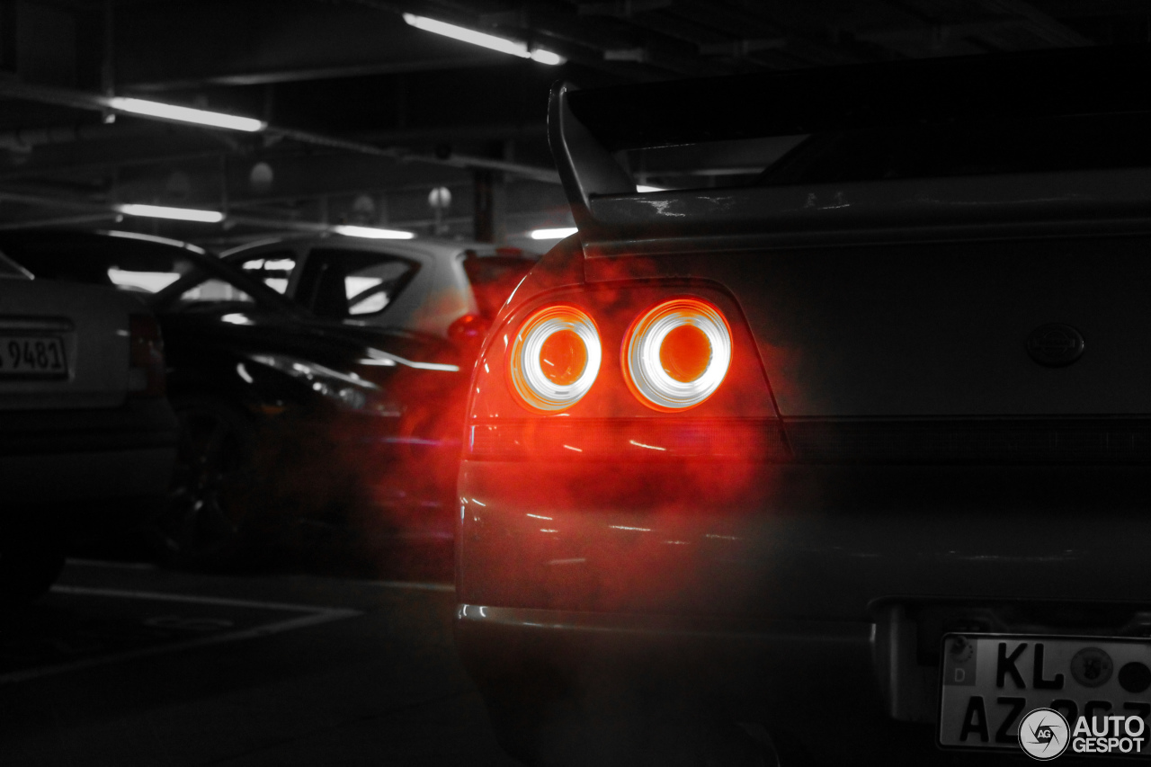 Nissan GT-R 5
