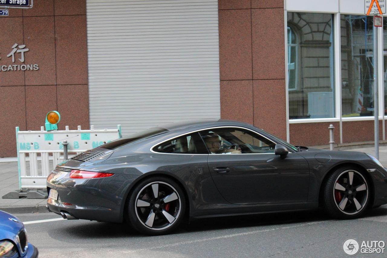 Porsche 991 50th Anniversary Edition 4