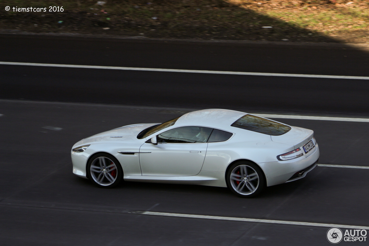 Aston Martin Virage 2011 6