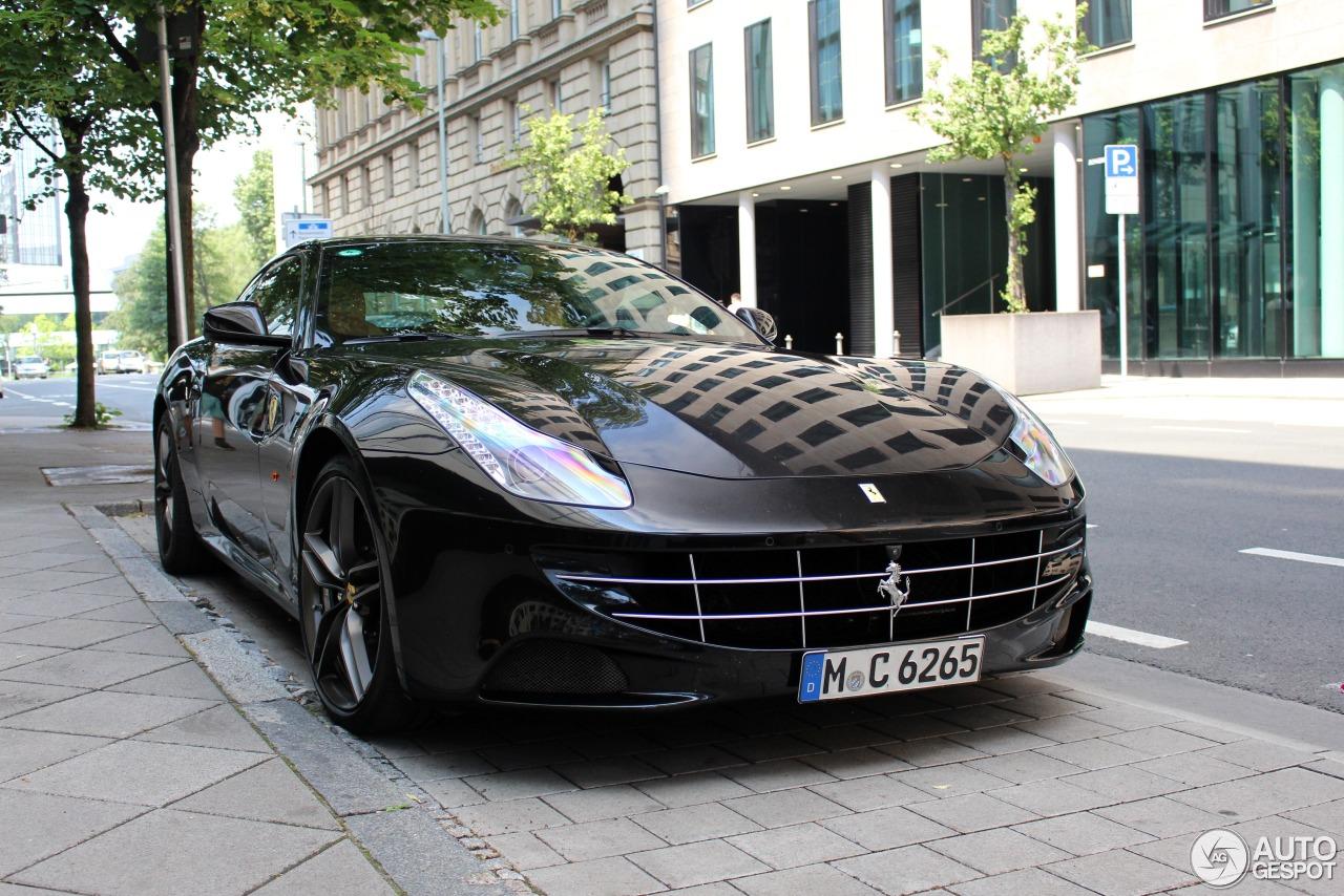 Ferrari FF 5