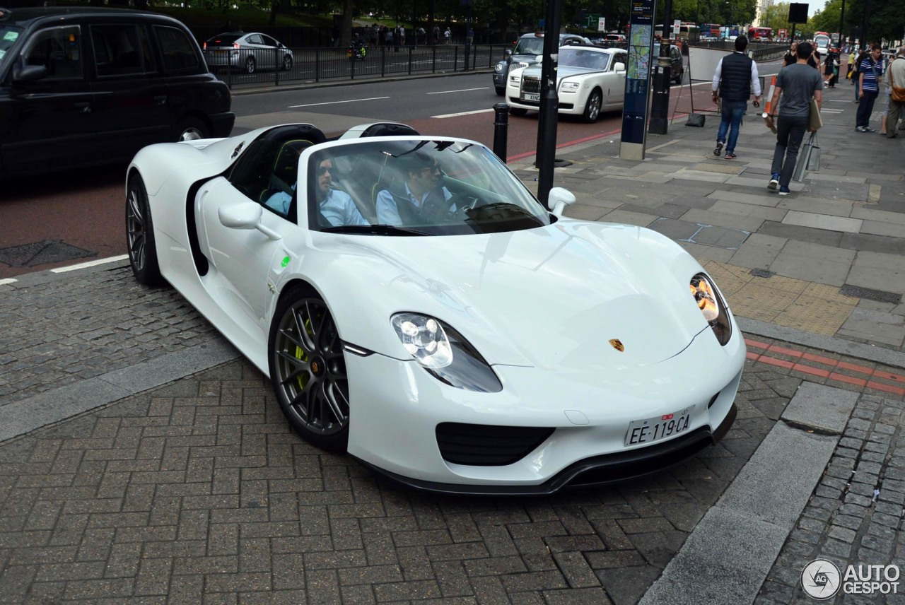 porsche 918 spyder 27 january 2016 autogespot. Black Bedroom Furniture Sets. Home Design Ideas