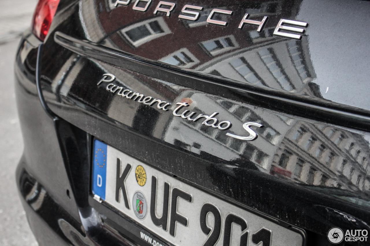 Porsche Panamera Turbo S 7