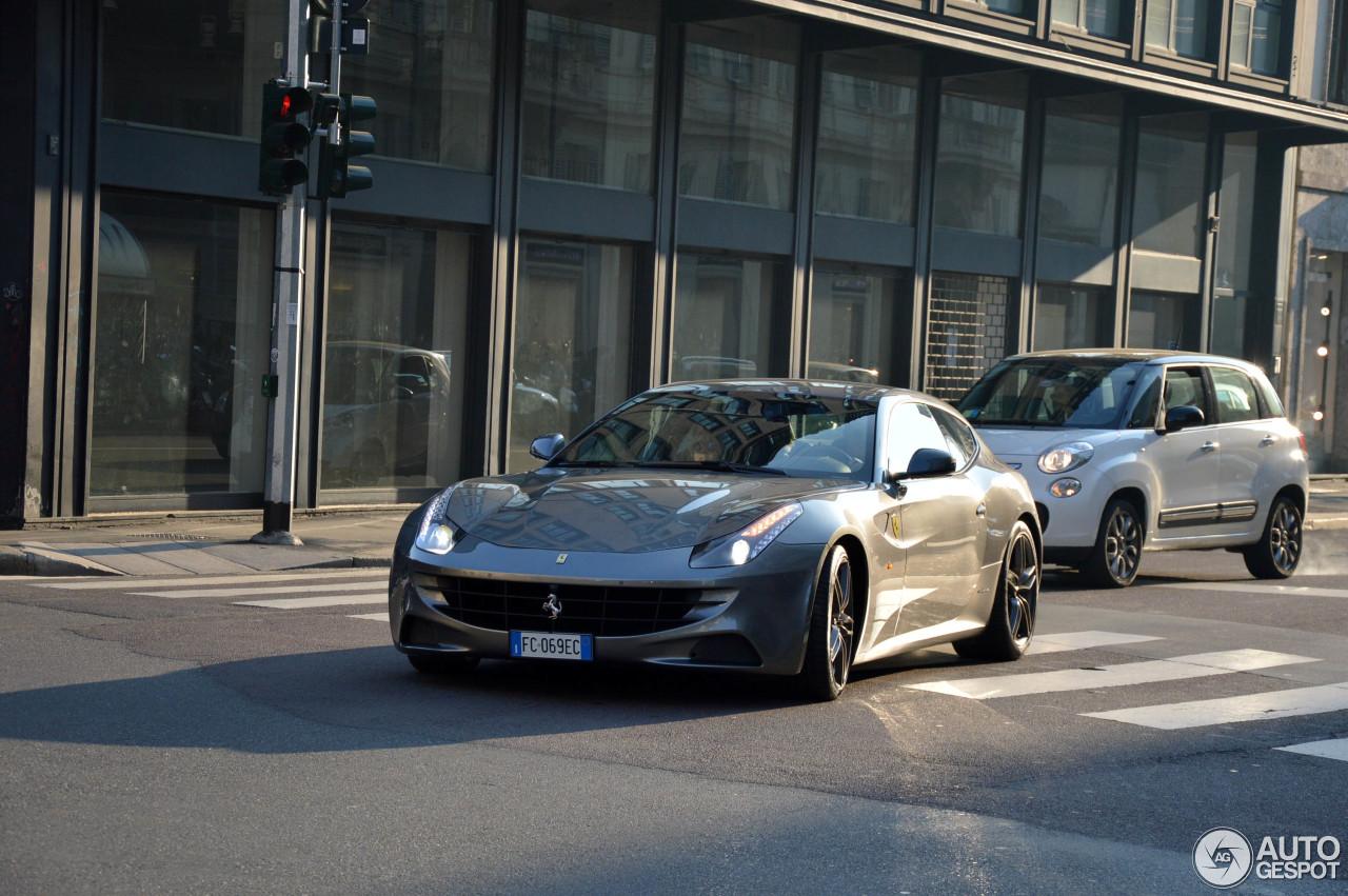 Ferrari FF 8