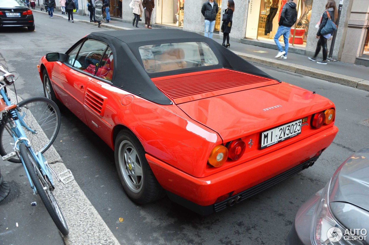 ferrari mondial t cabriolet 29 january 2016 autogespot. Black Bedroom Furniture Sets. Home Design Ideas
