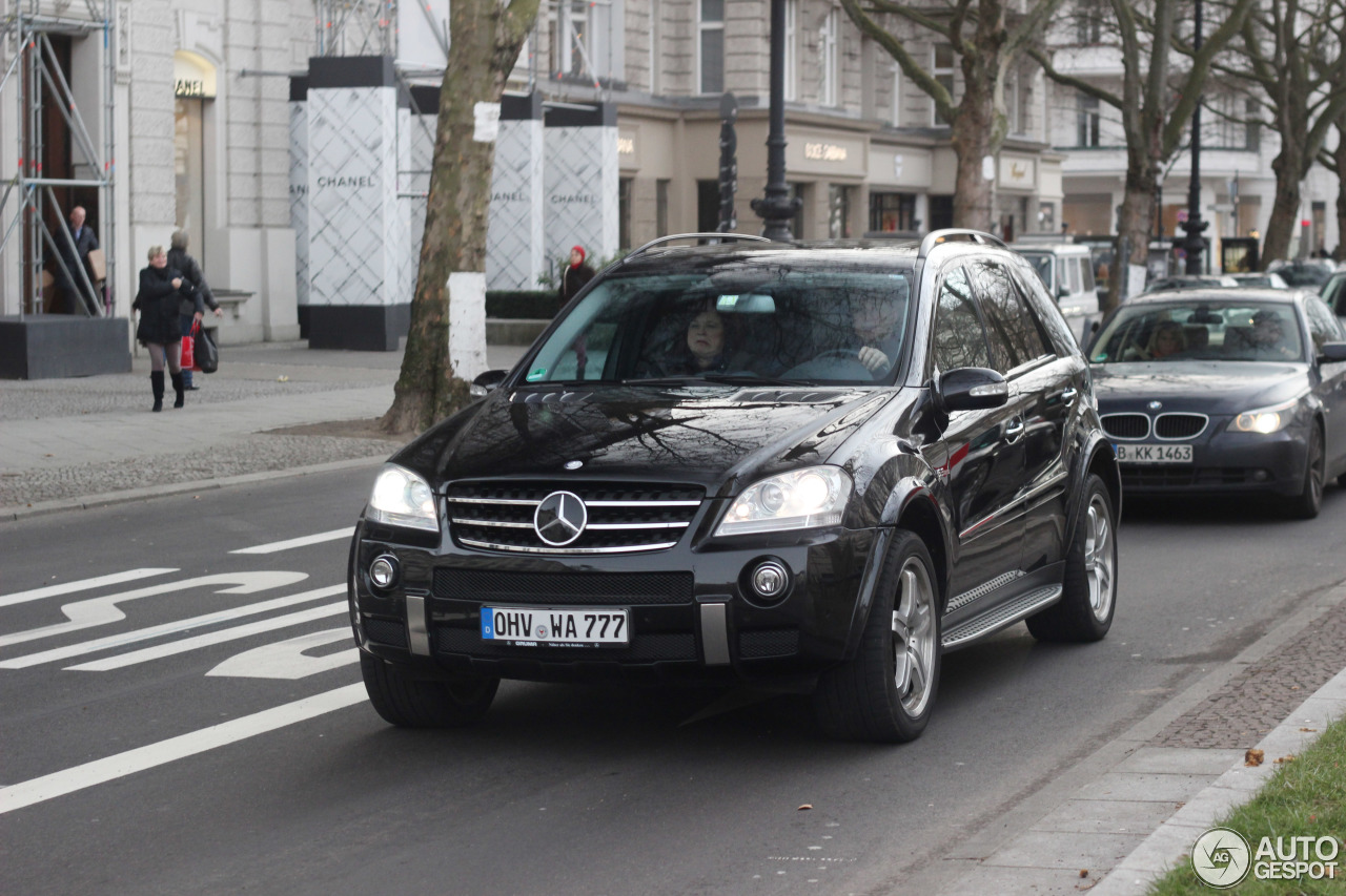 Mercedes-Benz ML 63 AMG W164 1