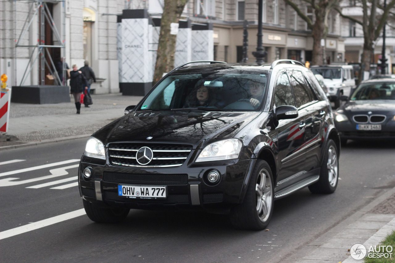 Mercedes-Benz ML 63 AMG W164 2