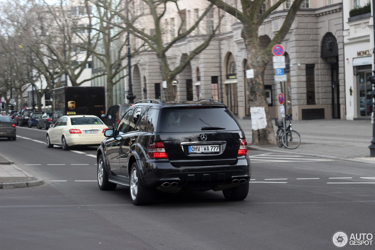 Mercedes-Benz ML 63 AMG W164 5