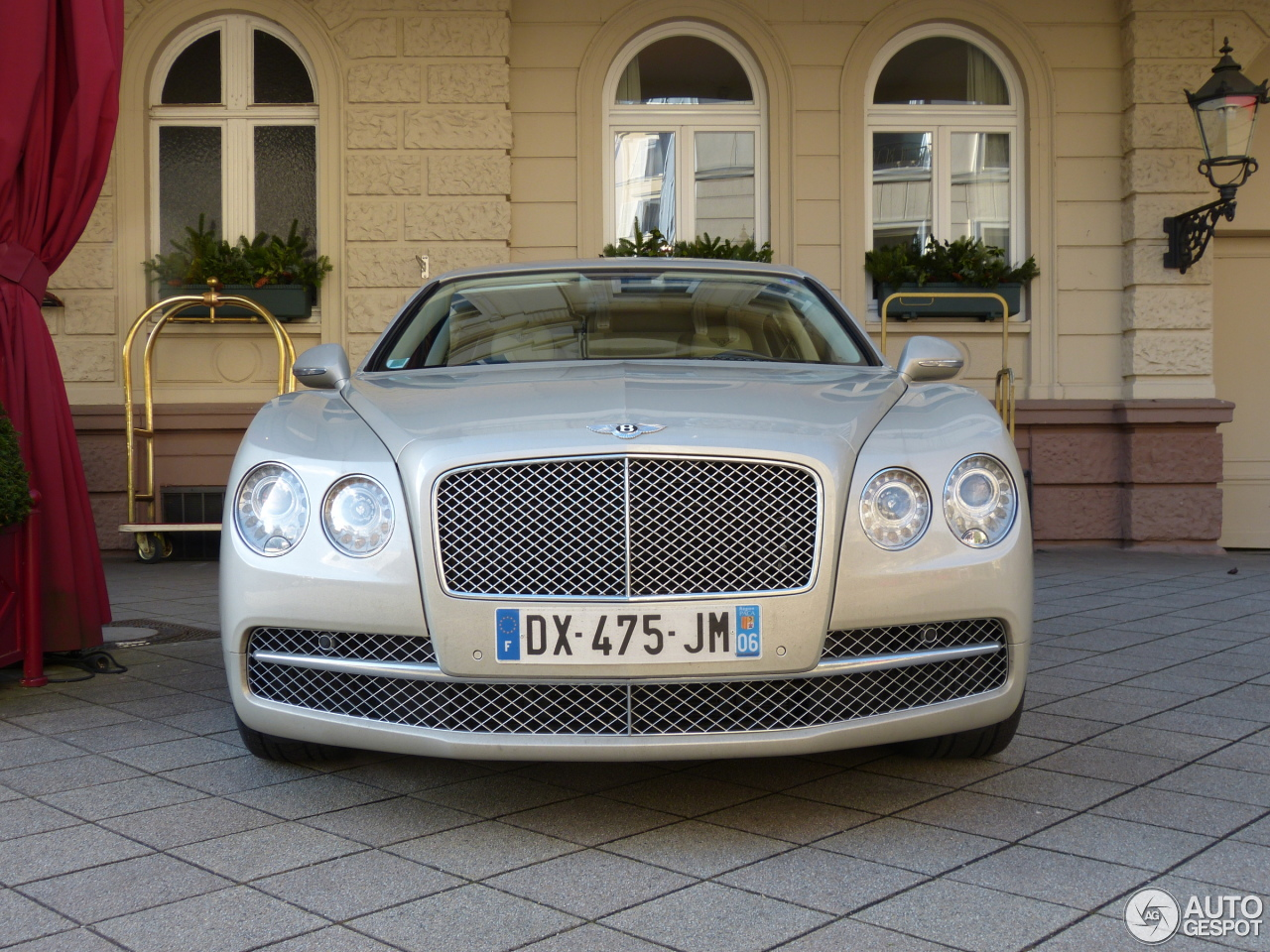 Bentley Flying Spur W12 1