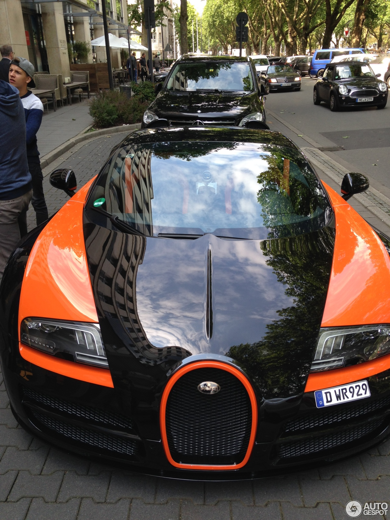 bugatti veyron 16 4 grand sport vitesse world record car edition 1 february. Black Bedroom Furniture Sets. Home Design Ideas