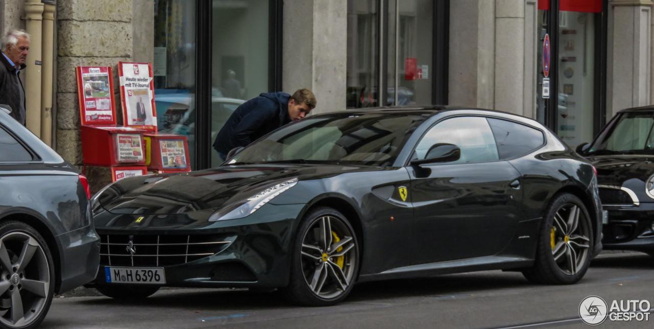 Ferrari FF 4