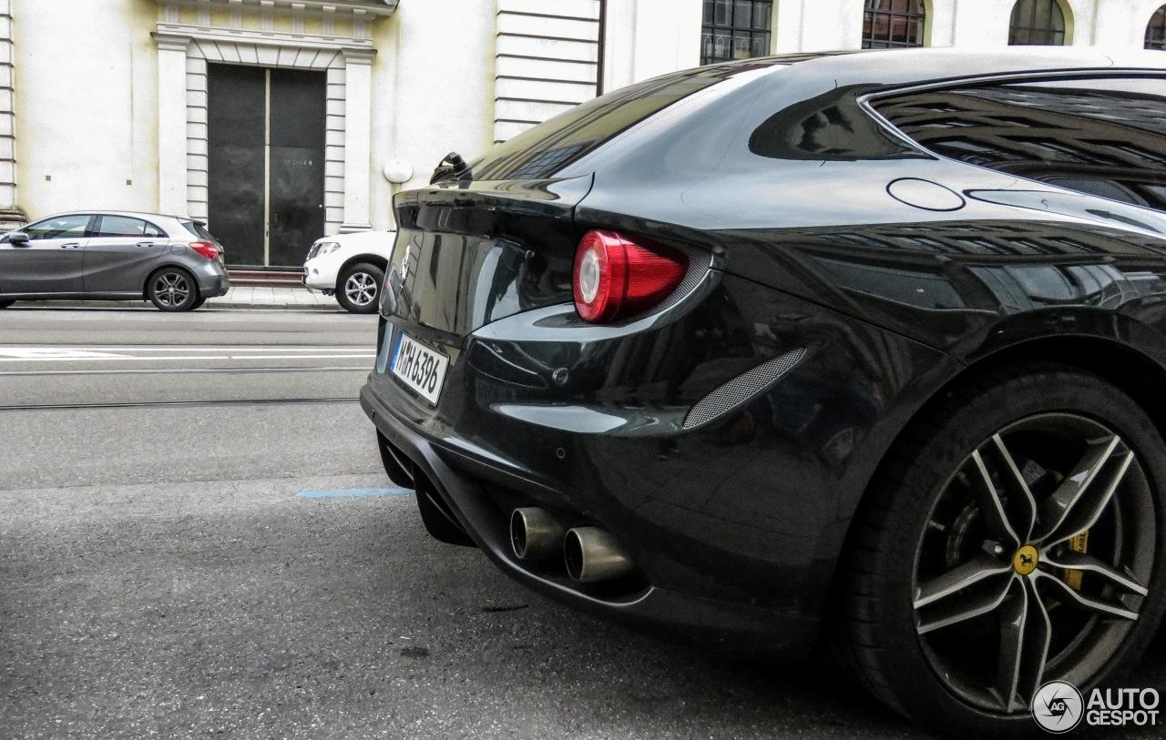 Ferrari FF 7