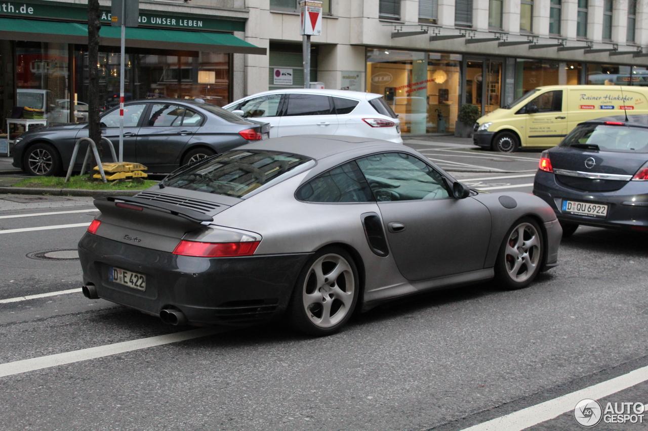 Porsche 996 Turbo 1