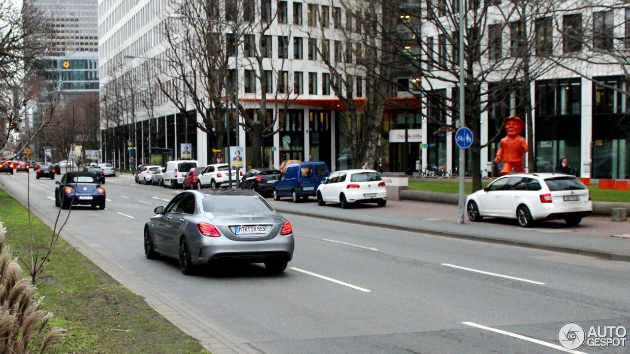 Mercedes-AMG C 63 W205 6