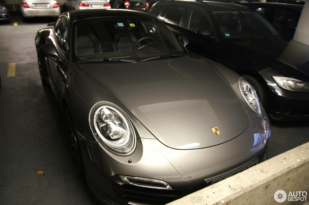 Porsche 991 Turbo S 4