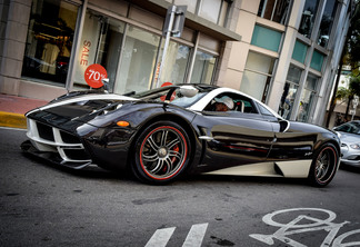 Pagani Huayra 'The King' 1 of 1 of 1
