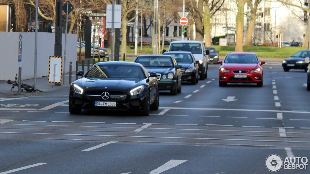 Mercedes-AMG GT S 3