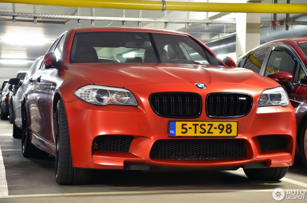 BMW M5 F10 2011 2