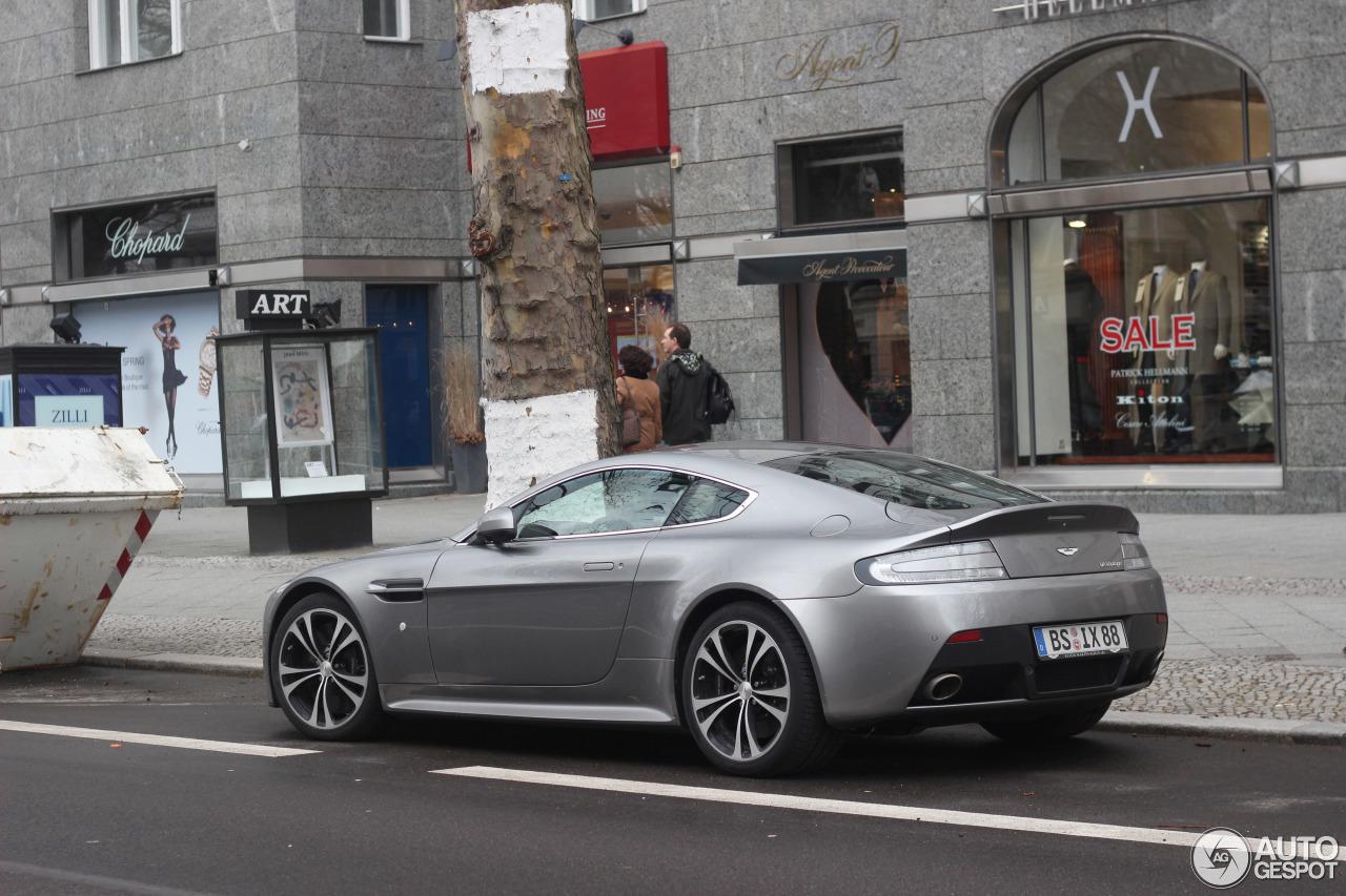 Aston Martin V12 Vantage 5