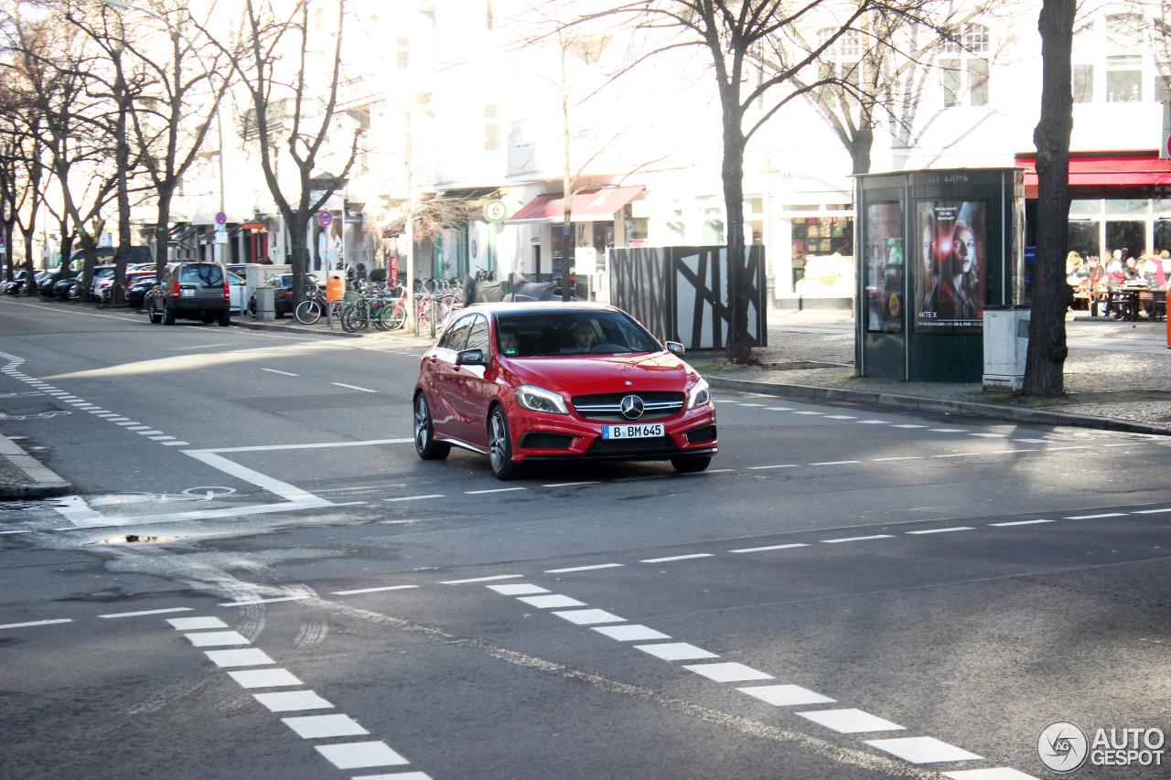 Mercedes-Benz A 45 AMG 9