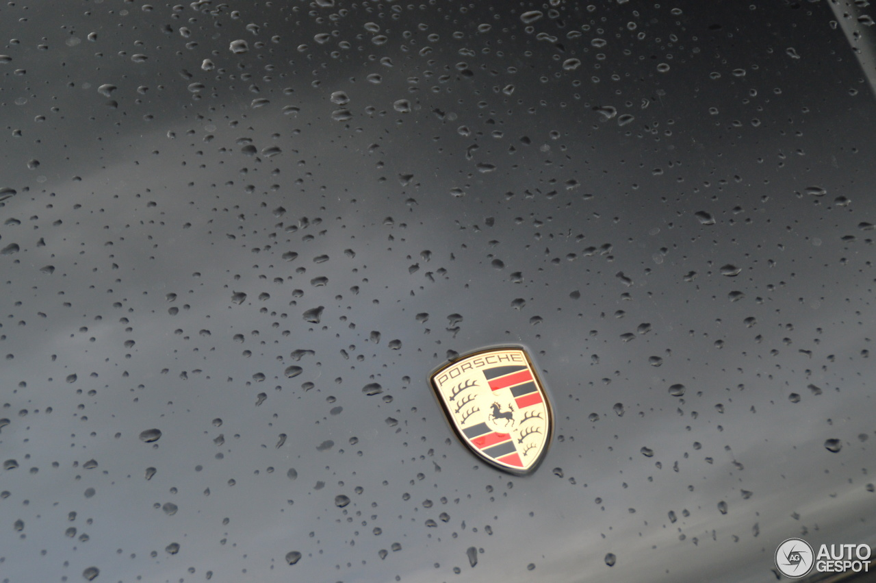 Porsche 95B Macan Turbo 6