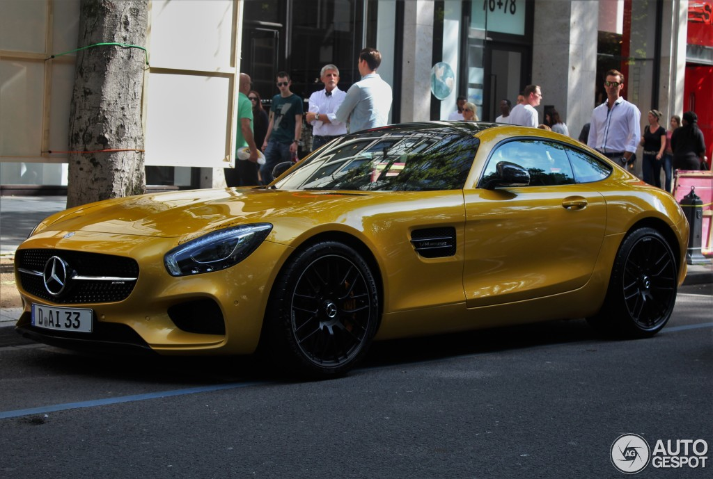 Mercedes-AMG GT S 4